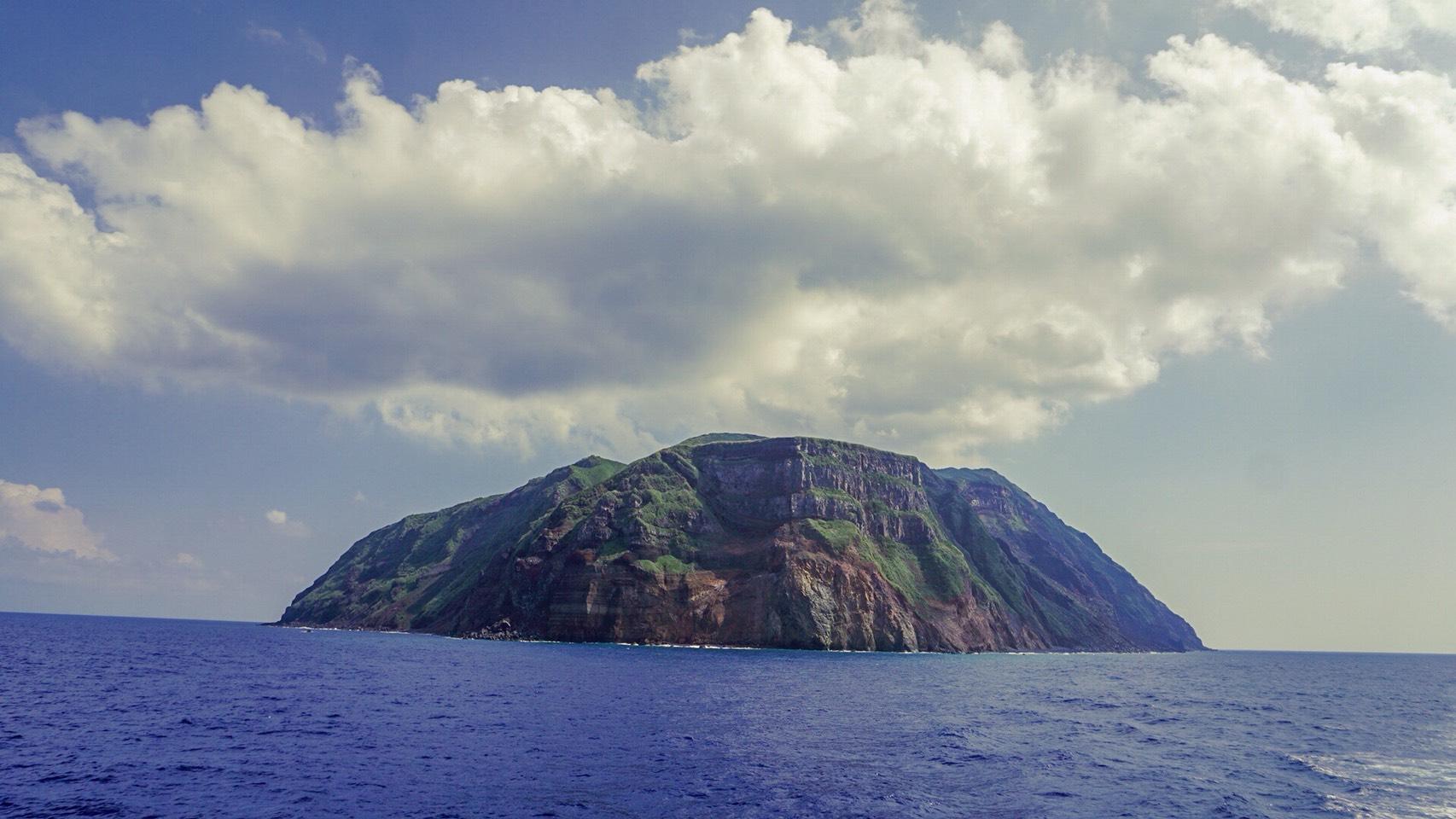 【幻の島】到達難易度S級、東京の秘境、青ヶ島に行ってきた。